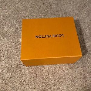 Louis Vuitton large gift 🎁 box